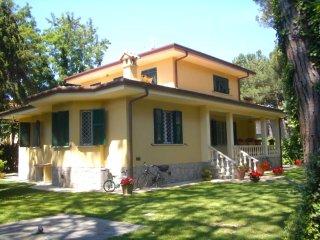 Villa Ornella, Forte Dei Marmi