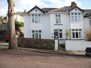 Lower Shirburn House, Four Bed House With Parking, Torquay