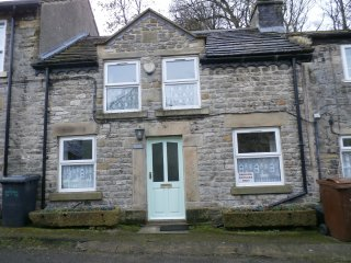 Oatcake Cottage. Home from home comfort in the heart of the village.