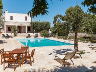 Masseria Tinelli Apulia holiday rental farmhouse