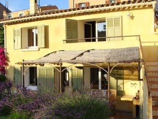 Maison de pecheur Sanary-sur-mer