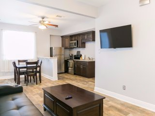 Conti Street  Cozy 1bdr Suite 5105B, Metairie