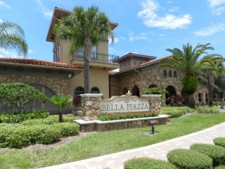 Bella Piazza 4/3 Condo property, fully furnished, with full kitchen, and all linens and towels.