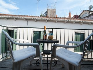 Santa Maria Formosa · Sunny Terrace! Near Rialto and St.Mark's