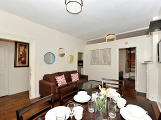 Bright 3BR/1BA in Midtown East by Grand Central