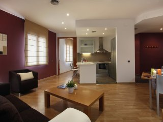 Places4stay Ramblas 1 Bedroom Apartment II