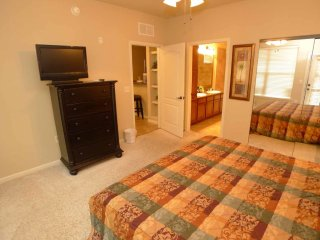 Comfortable, open 3/3 Condo, fully furnished, conveniently located near