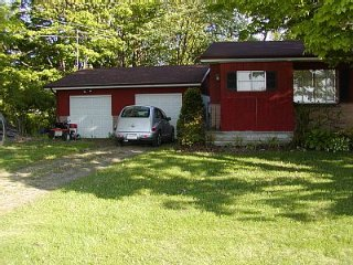 Large Countryside House Located Near Lake Erie, Fairview