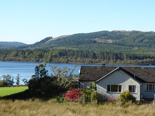 Looking across beautiful garden to Loch Awe, Argyll - Barr-beithe Upper cottage