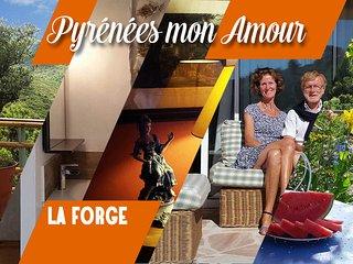 """LA FORGE """"Pyrénées mon Amour"""" 3 personnes, Saint-Paul-de-Fenouillet"""