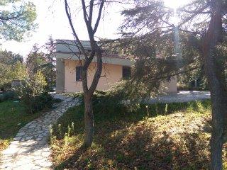 Villa con giardino Castel del Monte