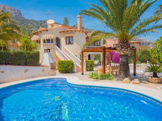 Villa Erik -  With private pool, air conditioner, BBQ area and wifi., Calpe
