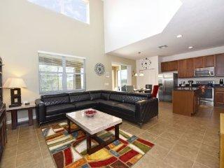 Modern 6 Bedroom 5.5 Bath Pool Home in Aviana Resort. 431CD, Davenport