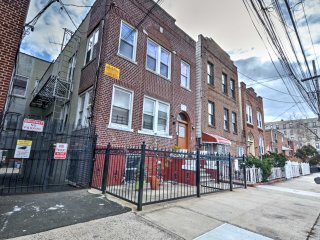 NEW! 2BR Bronx Apartment in Heart of The Bronx!