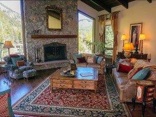 Large Luxury Home with Bedroom Suites, Impressive Mountain Views (208138), Vail