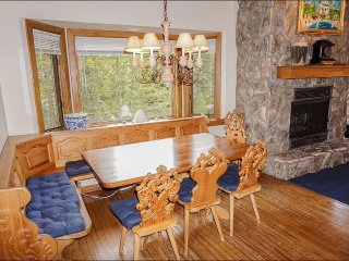 Beautiful Mountain Setting on Wooded Lot, Great Value for a Large Group (208146), Vail