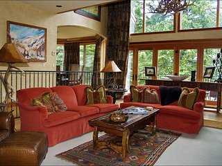 Large Creekside Home, Perfect for Entertaining (208158)
