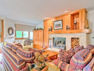 Fabulous Beaver Creek Home, Mountain Lodge Decor (208223)