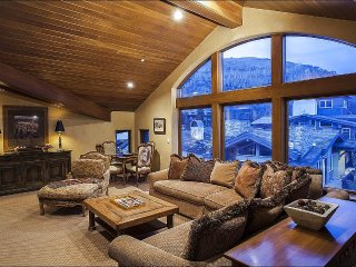 Airy Condo in the Heart of the Village, Private Hot Tub (208334), Vail