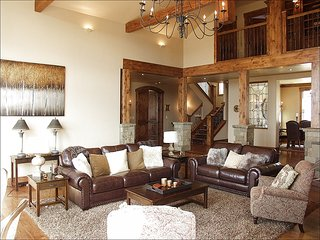 Beautiful New Custom Home, Spacious Living Area with Vaulted Ceilings (208593), Edwards