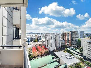 Serviced Studio Apartment in the Connaught Auckland City -Amazing Water Views, Albany
