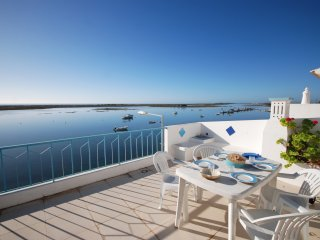 Apartamento T1 com vista mar e um grande terraco