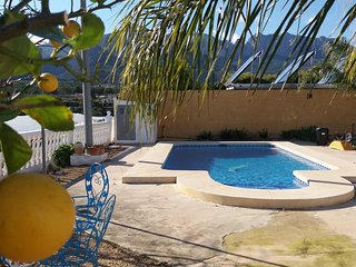 Villa 3 bed apartment nr Polop Private Pool, BBQ, Internet, TV, Sleeps 6 plus 2, Xirles