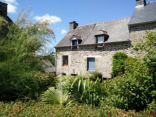RENT COTTAGE WITH SPA NEAR ST MALO DINAN