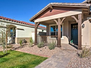 NEW! 3BR Mesa House w/Pool Access!, Queen Creek