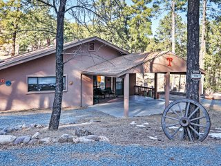 'Tobey's Hideaway' Relaxing 3BR Home Near Ruidoso