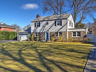 New! 4BR Long Island Home w/Huge Yard-Minutes to NYC!