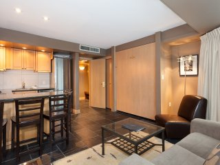 Signature 1 Bedroom #202 Beautiful Whistler Getaway