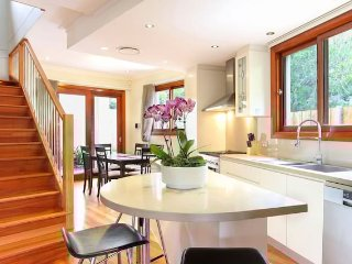 Modern Inner West 4 bedroom home with parking, Annandale