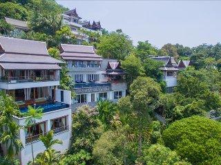 豪华泳池别墅 Luxury sea view villa on Surin hill with elevator and private pool. Villa