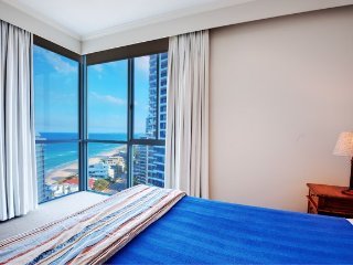 ONE BEDROOM OCEAN VIEW - steps away from the beach - 7, Main Beach