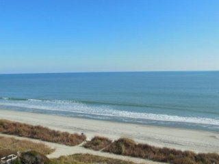 Oceanfront suite at Ocean Park 622/624- Sleeps 10!