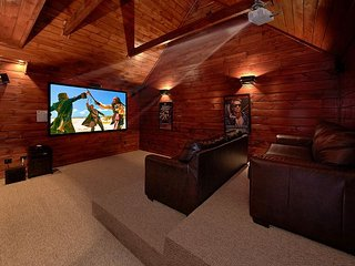 Private Theater Room - Luxury 3 bedroom cabin, Gatlinburg