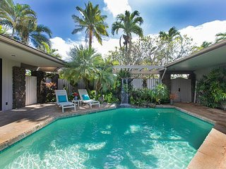 Poipu Waterfall House, 3 bedrooms 2.5 bath w/ private secluded swimming pool