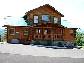 High Adventure Lodge Sleeps 30