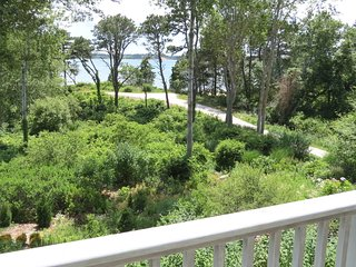 Beautiful Pleasant Bay Views, Large upscale: 018-O
