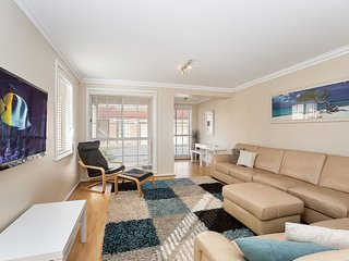 'Tomaree Townhouse', 5/26-28 Tomaree Street - fantastic large air conditioned to