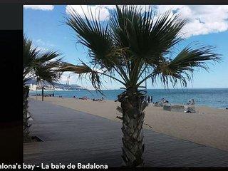 Fantastic family house 9p sea views next to Barcelona, 2 car parking free