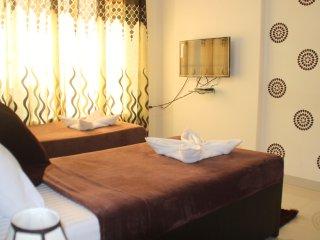 Executive Serviced Apartment in Goregaon West, Kandivali