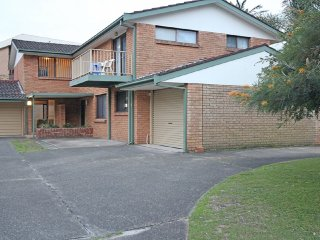 3 'Sharon Court', 11 Weatherly Close
