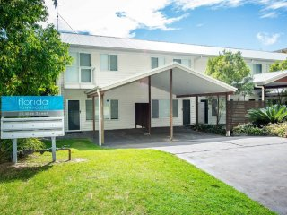 1 'Florida', 5 Lillian Street, Shoal Bay