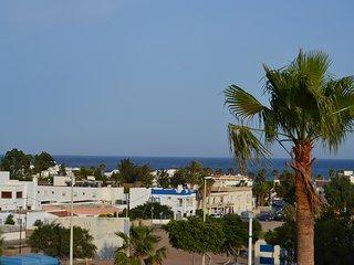 Apartamento con vistas al mar y terraza, San Jose