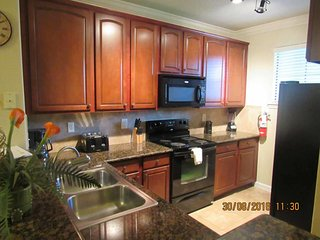Bella Piazza 3/3 Condo property, fully furnished, with full kitchen, and all linens and towels.
