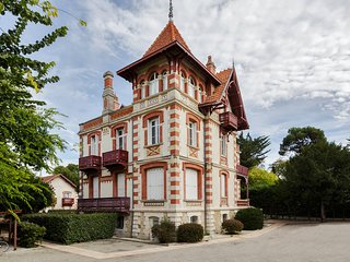 Apartment in typical Arcachon villa
