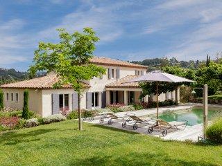 Belle villa entre Cannes et Mougins