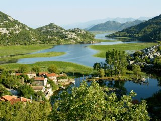 Paradise Lake House - National Park Skadar Lake, Karuc